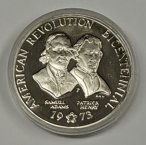1973 American Revolution Bicentennial Commemorative Sterling Silver Medal in capsule Only! -Toned