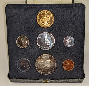 1967 Canada 7 Coin Centennial Proof Set w/ $20 Gold Coin & Original Case.
